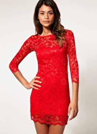 Платье кружевное красное короткое