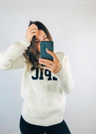 Тёплый шерстяной свитер set