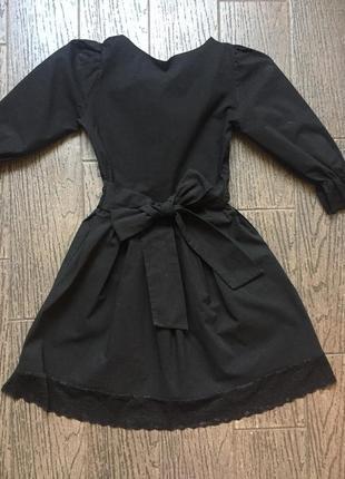 Платье с поясом-бантом