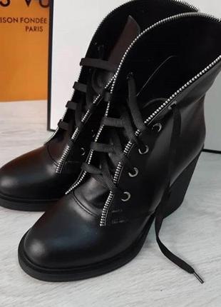 Кожаные ботинки из натуральной кожи на зиму