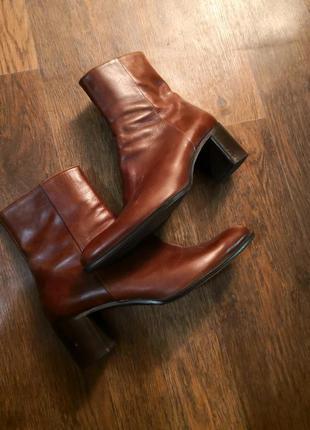 Кожаные ботинки классические модельные