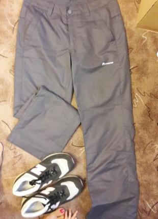 Легкие спортивные штаны outventure