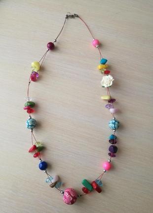 Ожерелье с бусинами,розочка