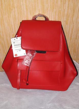 Красный рюкзак zara