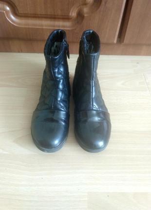 Ботинки, полусапожки осенние на девочку, 34 размер, кожа, стразы, лакированный носок