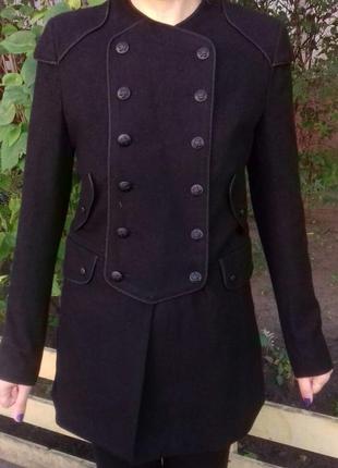 Фирменное стильное  английское пальто шинель шерсть.новое.