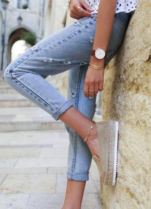 Очень крутые фирменные джинсы