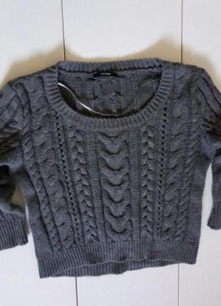 Шикарный свитер с косами