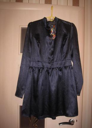 Оригинальное красивое платье размер 46-48