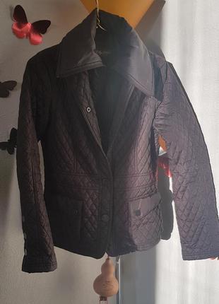 Чудесная курточка на синтепоне