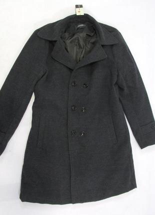 Новое с биркой стильное  брендовое пальто