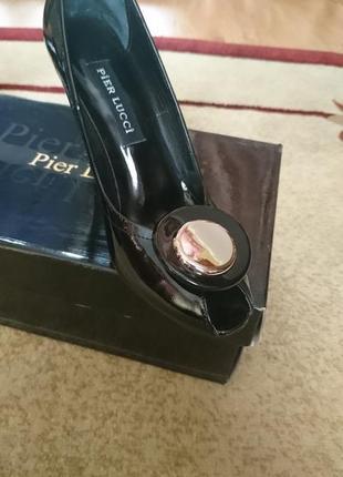 Новые лаковые туфли бреда pier lucci