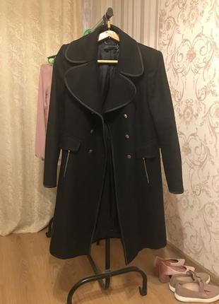 Пальто zara чёрное шерсть