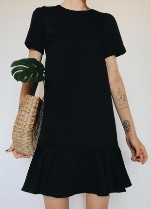 Шикарное длинное черное платье оригинального фасона с тканью под шелк от h&m