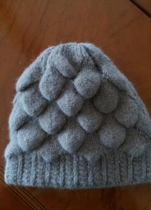 Шерстяная шапка  двойная +перчатки в подарок.