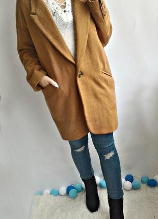 Стильное пальто оверсайз , бойфренд цвета camel