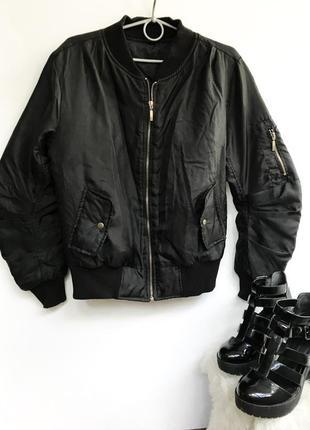 Бомбер куртка черная / чёрная ветровка тренд 2018 плащевка на молнии стеганая