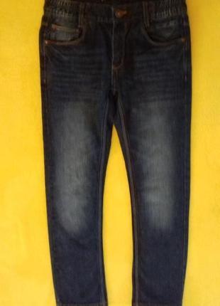 Джинсы на мальчика 146 р подростковые штаны