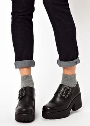 Туфли на толстой платформе vagabond