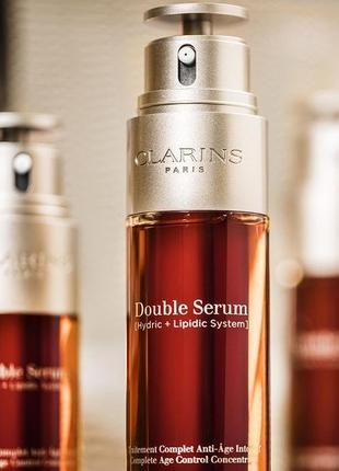 Антивозрастная сыворотка double serum от clarins.