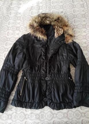 Деми куртка с капюшоном\ нат.мехом р.s-m