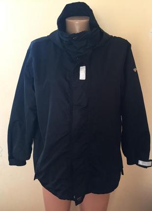Курточка,анорак,ветровка,фирменная.хс, с,м,замеры внутри.