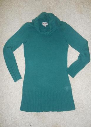 Удлинённый свитер бутылочного цвета