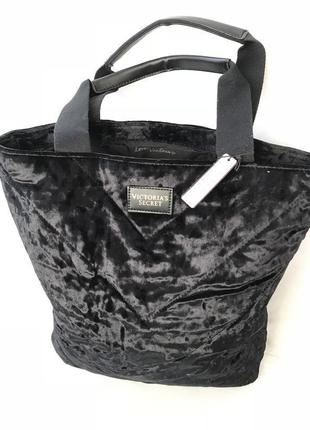Бархатная сумка от victoria´s secret.