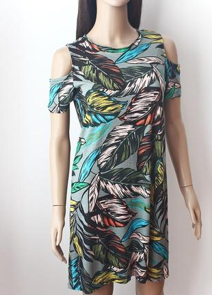 • платье с открытыми плечами atmosphere