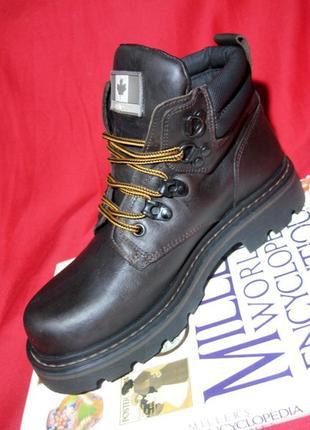 Tom buck (оригинал) американские кожаные ботинки на трековой подошве 39р.(25см.)