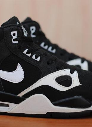 Высокие кроссовки, спортивные ботинки nike flight, найк. 38 размер. оригинал