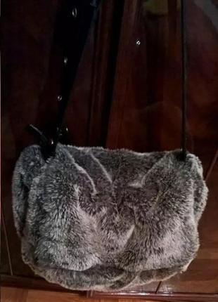 Меховая сумка edc