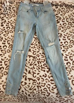 Zara джинсы скинни, рваные