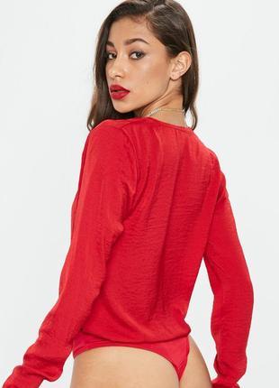 Потрясающее красное боди с длинным рукавом4 фото