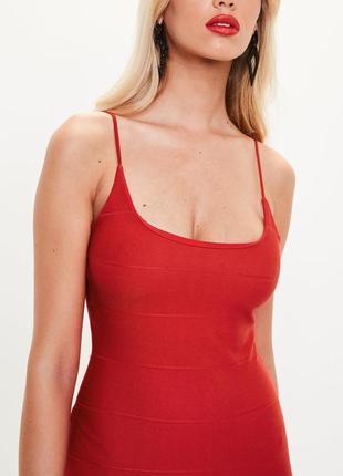 Невероятное красное платье р10/м2