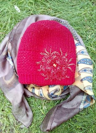 Теплая двойная шапка с цветком