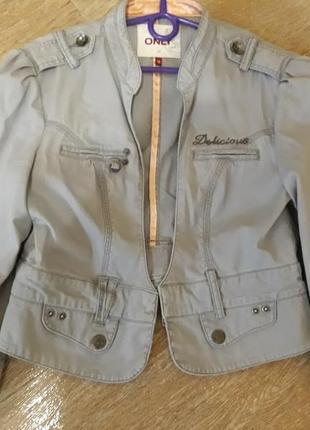 Котоновая куртка-пиджак