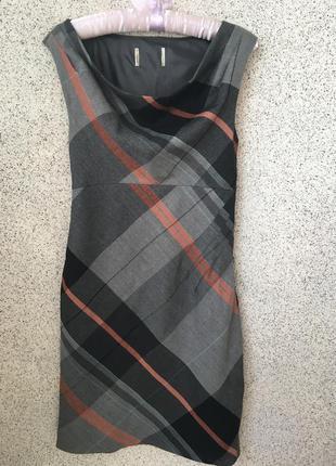 Шикарное платье - сарафан bhs шерсть