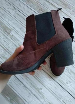 Коричневые челси на каблуке h&m