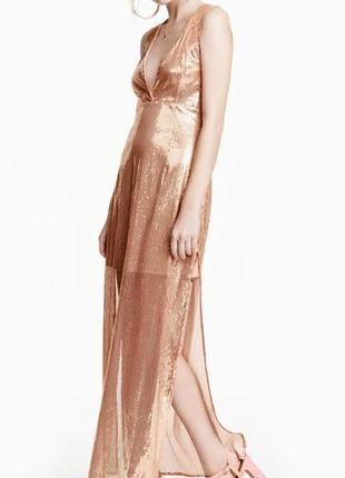 Вечернее шикарное платье в пайетках