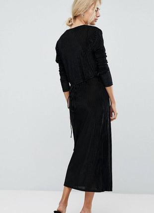Стильное бархатное платье, на запах, нарядное, миди