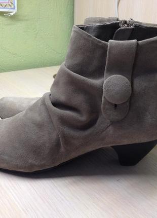 Ботинки замшевые clarks uk3