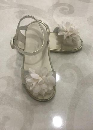 Мармеладные силиконовые босоножки,декорированы цветком и блестками 26р(16см)y.d