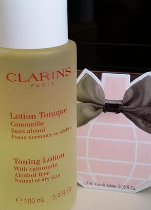 Тонизирующий лосьон с экстрактом ромашки для нормальной и сухой кожи марки clarins