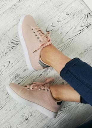 Новые бежевые кроссовки кеды с биркой размер 38,39