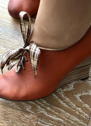 Ботинки, закрытые туфли