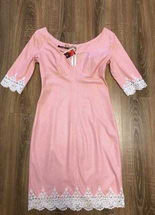Платье кожаное пудровое balmain 46 р м