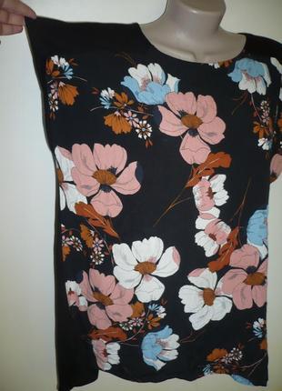 Блуза футболка в цветах