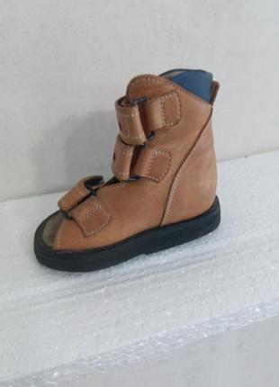 Ортопедические сандали, ортопедия