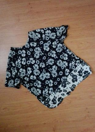 Блуза в цветок от new look